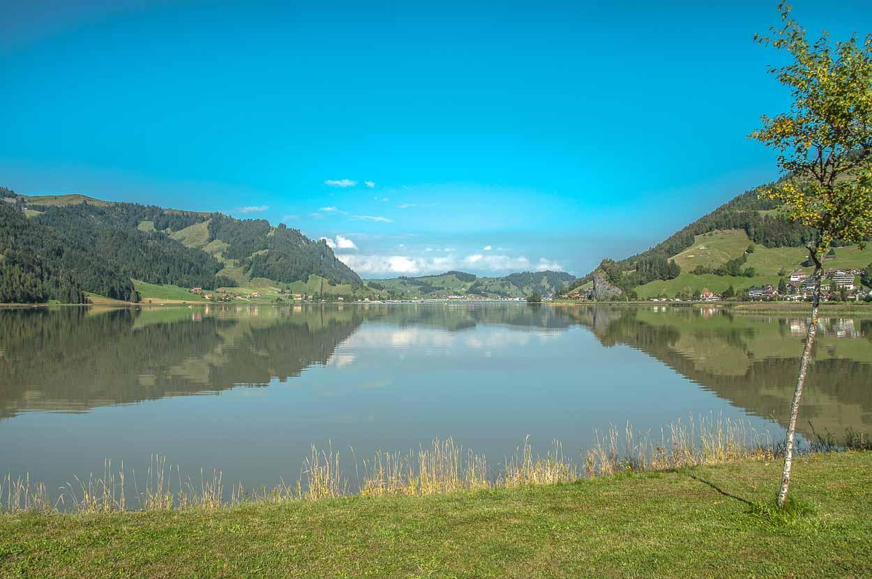 Der Sihlsee ist nach dem Zuger- und dem Vierwaldstättersee schon der dritte Badeplatz auf unserer Tour.