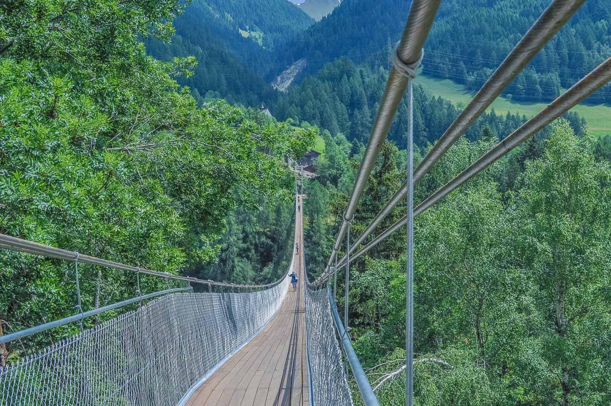 """Tip für einen Zwischenhalt: Die """"Goms Bridge""""..."""