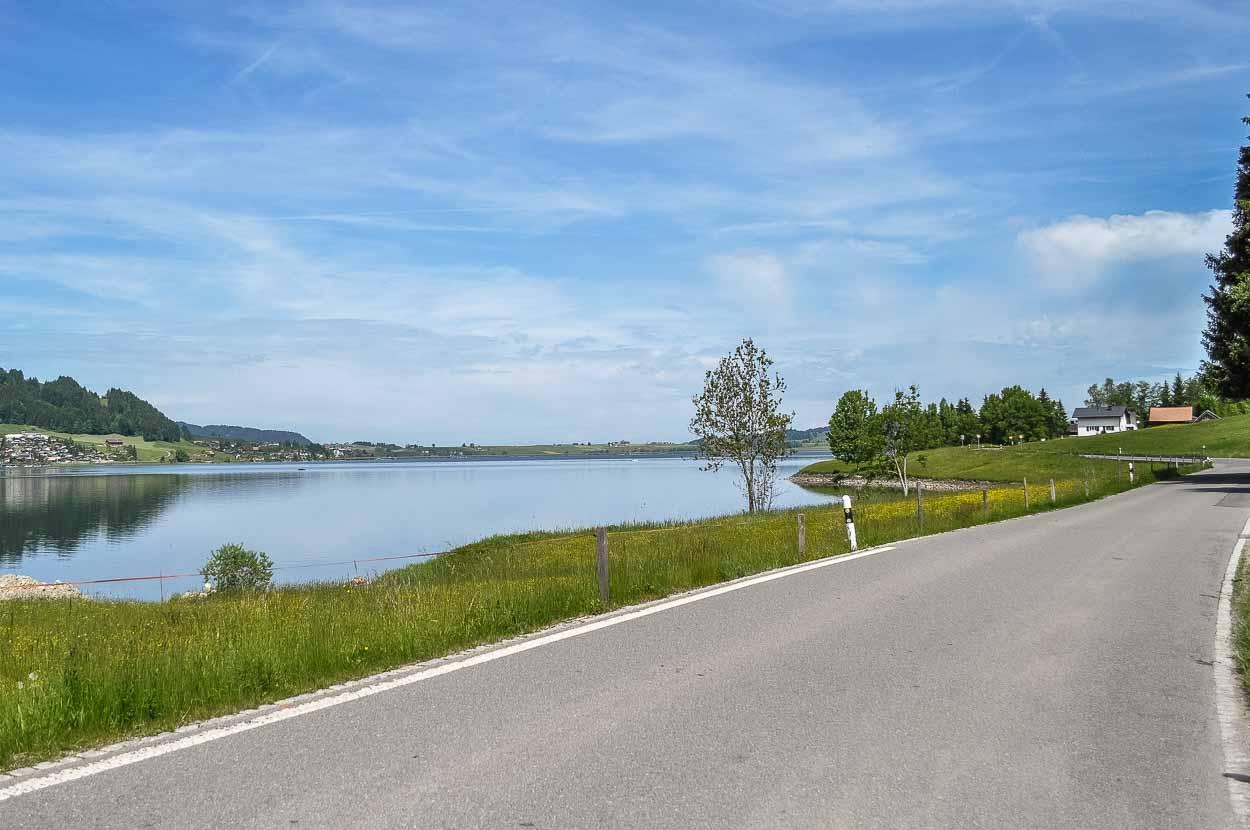 Die Fahrt entlang des Sihlsees ist immer wieder ein Genuss.