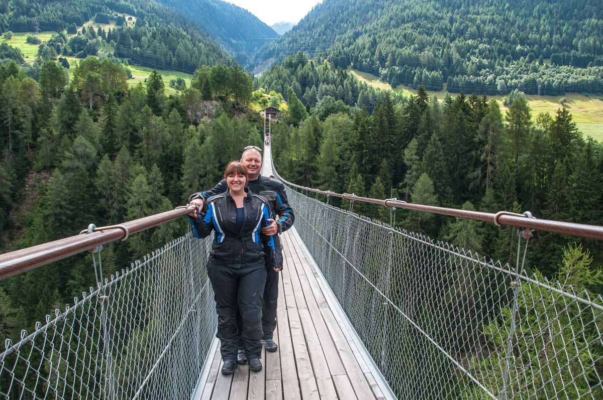 "Die 280 Meter lange ""Goms Bridge"" in Bellwald."