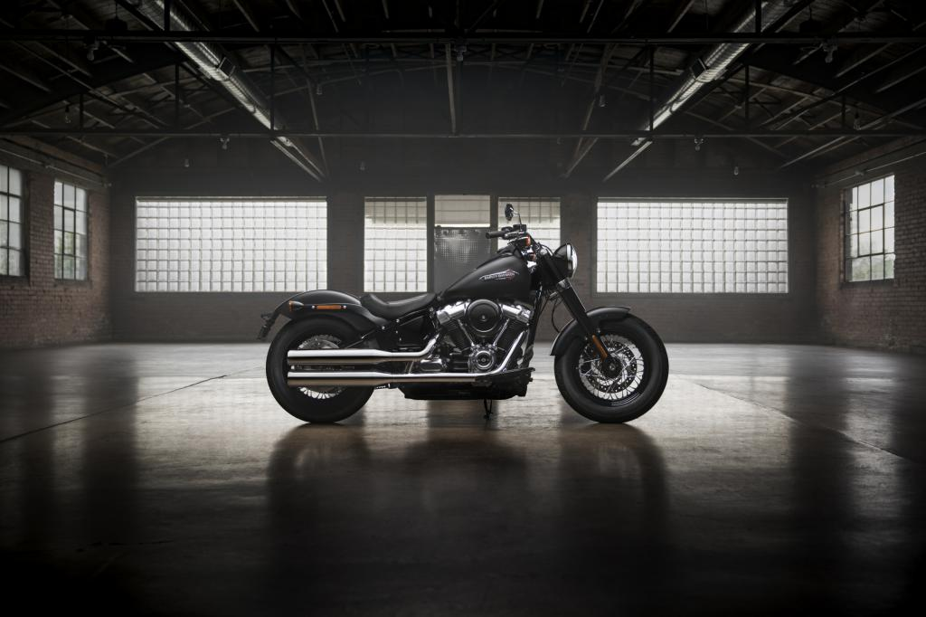 Harley_Davidson_Softtail_Slim_2018
