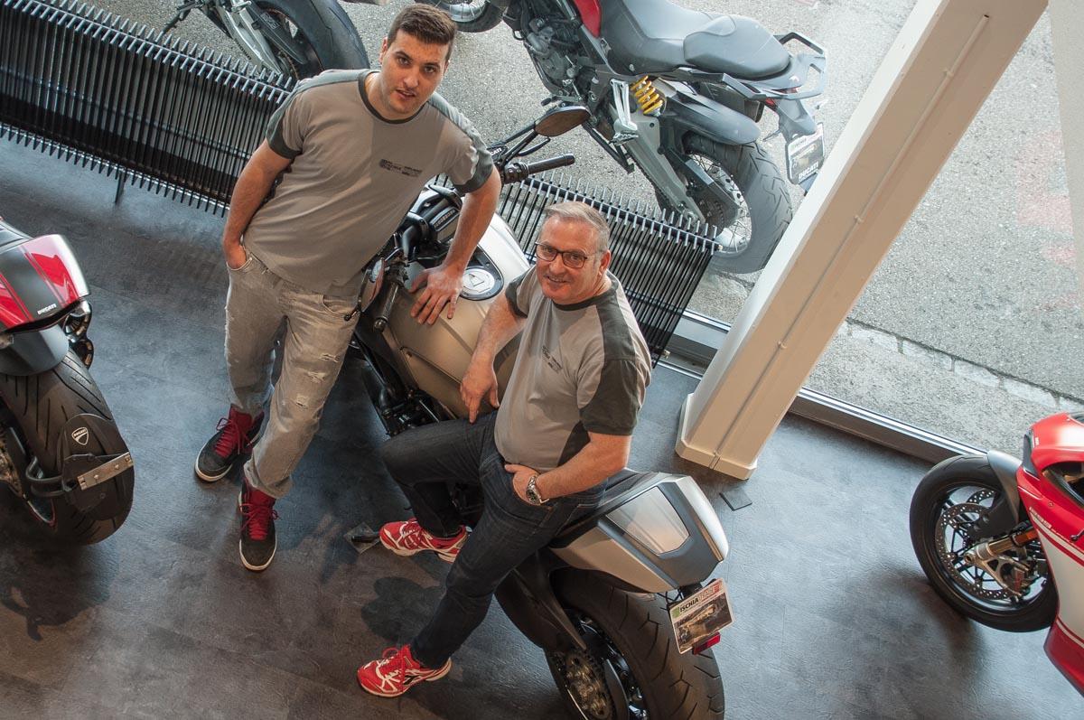 Francesco Ischia (rechts im Bild) mit seinem Sohn Daniele