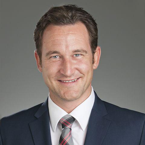 Geschäftsführer Silvan Lämmle ist überzeugt von der starken Ausstrahlung der neuen Kooperation: «Wir sind schon seit Jahren als Aussteller dabei und sehr zufrieden mit der nationalen Bedeutung, dem enormen Besucher- und Medieninteresse sowie der Lebendigkeit der SWISS-MOTO.